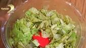 Kivi Soslu Marul Salatası