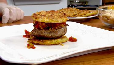 Derya Baykal'la Gülümse Chipotle Soslu Patates Burger Tarifi